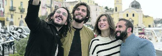 The Jackal su Netflix: «Storia di noi millennial a Procida con nostalgia di Massimo Troisi»