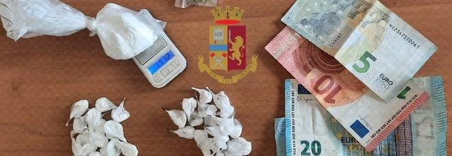 Spaccio di droga a San Giovanni, pusher arrestato dopo inseguimento