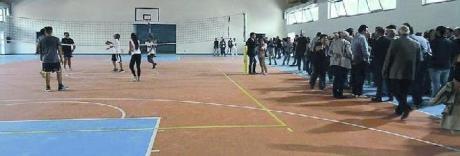 Napoli Basket, esilio a Fuorigrotta ma nella palestra non c'è il parquet