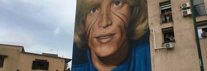 Murale di Nino D'Angelo firmato Jorit