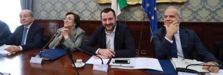 «Pene più severe per i minorenni», da Napoli coro di no a Salvini