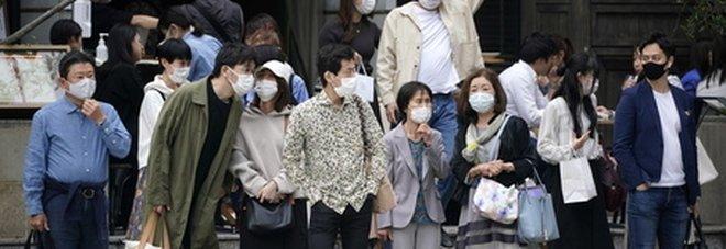 Osaka, studente muore durante una lezione di educazione fisica: occhi puntati sulla mascherina
