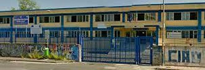 Prof morto a 51 anni, comunità scolastica in lutto nel Napoletano