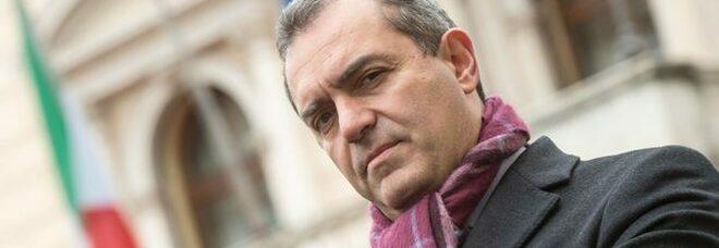 Napoli, de Magistris smentisce le dimissioni: «Arriverò alla fine del mandato per poi diventare presidente della Calabria»