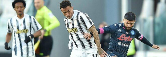 Il Napoli perde la sfida Champions: la Juve vince 2-1, Insigne non basta