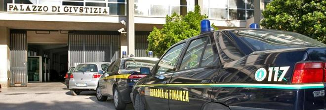 Scacco ai signori del contrabbando: 13 arresti sul litorale domizio