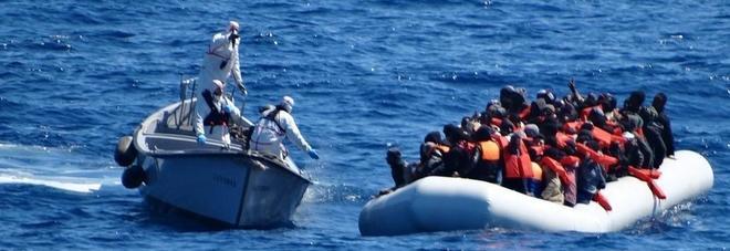 Migranti, Salvini: stop a missione Sophia senza nuove regole