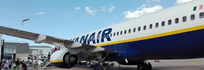 Ryanair cancella il volo e fa saltare la vacanza: coppia salentina risarcita di duemila euro