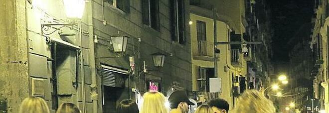 Movida, baretti di Chiaia aperti fino a notte fonda ma i gestori si spaccano
