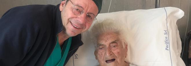 Asportata massa tumorale di 4 kg a una centenaria: appena sveglia la paziente chiede un piatto di rigatoni al sugo