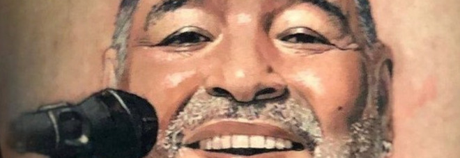 Maradona, l'incredibile omaggio: ecco il tattoo del suo ex calciatore