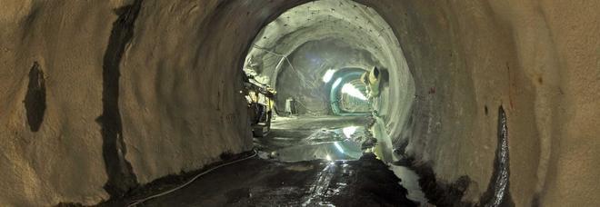 Crolla tunnel ferroviario in Francia: era in manutenzione, disperso un operaio
