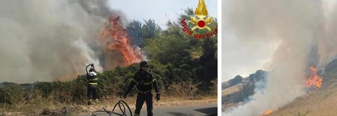 Sardegna in fiamme, oltre 1.500 sfollati: l'ipotesi dei piromani