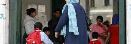 Lodi, i bimbi stranieri tornano a mensa grazie alla raccolta fondi