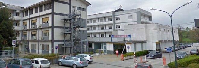 Rissa a Sant'Arsenio: tre ragazzi circondati e picchiati da venti coetanei