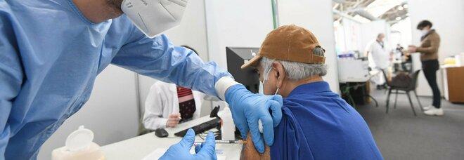 Vaccini anti Covid, l'amministrazione Usa sostiene la sospensione dei brevetti
