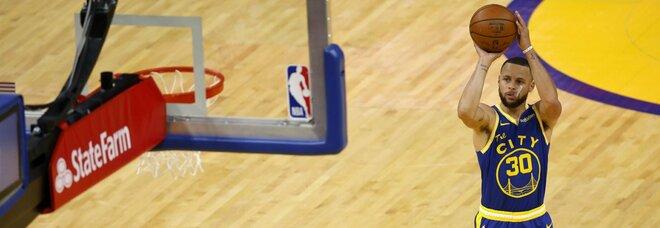Nba, Curry fa volare i Golden State: Westbrook re delle triple ma i Wizards vanno ko