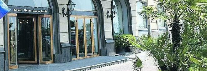 Napoli zona gialla, il grande flop degli alberghi: «Maggio senza turisti, ora puntiamo all'estate»