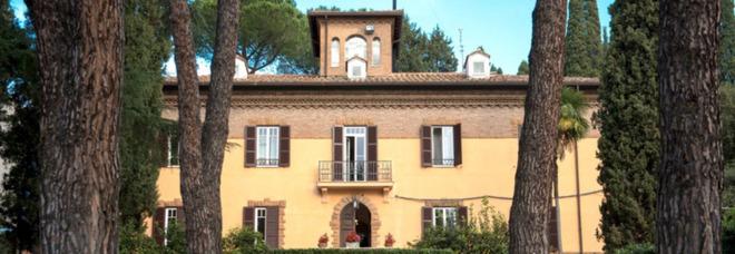 Roma, primo contagiato Covid a scuola: è un ragazzo del liceo Marymount, 60 in isolamento