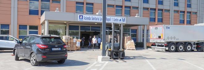 Coronavirus a Napoli, ospedali pieni: il day surgery dell'Ospedale del Mare trasformato in area Covid