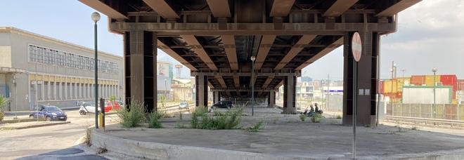 Napoli Est, il cantiere fantasma per l'abbattimento del cavalcavia di via delle Repubbliche Marinare