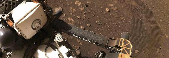 Marte, prima passeggiata di Perseverance. Prossimo obiettivo: trovare tracce di vita