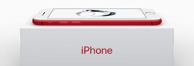 Apple, il nuovo iPhone 7 in rosso