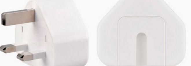 Apple richiama una parte di adattatori per presa a muro: rischio di scossa elettrica
