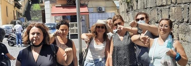Cimitero delle Fontanelle chiuso: «Nessuno avvisa i turisti, figuraccia per Napoli»