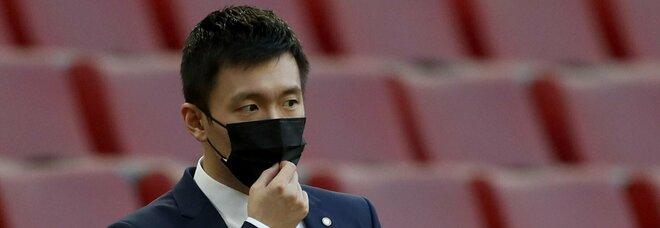 Il Jiangsu Suning in ritardo di tre mesi sugli stipendi: ci sono troppe restrizioni