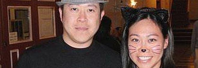 Banchiere uccide a coltellate moglie e figli di 4 e 7 anni, poi il suicidio. Vicini sotto choc: «Era una famiglia perfetta»