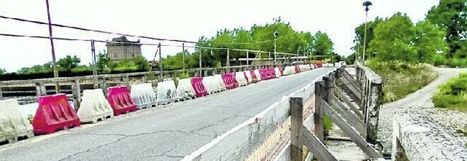 Latina, l'assessore Ranieri: «Impossibile riaprire il ponte Mascarello al transito delle auto»