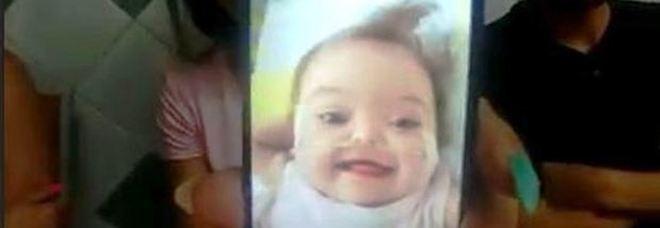 official photos 78182 64029 Addio alla piccola Chloe: la bimba di 15 mesi di Casoria non ...