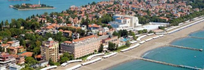 Clima, l'innalzamento dei mari «è irreversibile», massima allerta a Venezia. Il nuovo studio