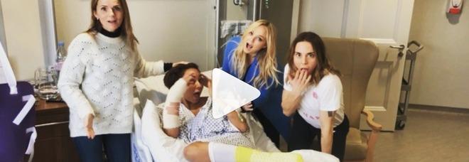 Mel B operata d'urgenza, Spice Girls riunite in ospedale: la cantante 3 ore sotto i ferri