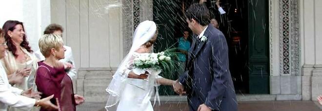 Stati Uniti, un positivo al Covid tra gli invitati al matrimonio: 56 persone contagiate, morta una donna
