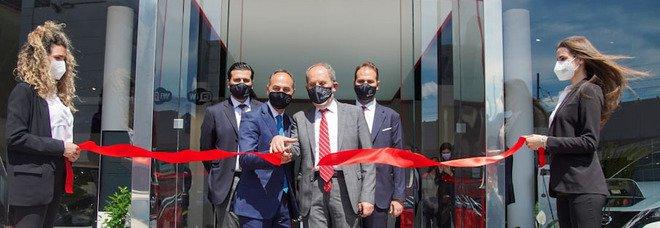 Nissan Center inaugura le nuove sedi di Agnano e Casoria e presenta il nuovo Qasquai col presidente Toro