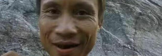 """""""Tarzan"""" è morto: il 52enne (ritrovato in una foresta dopo 40 anni) è sopravvissuto 8 anni nel mondo civilizzato"""