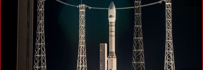 Vega, il razzo italiano pronto al lancio con la missione dei record: in orbita con 53 satelliti Segui diretta tv dalle 3.30