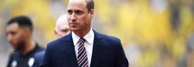 Principe William aiuta una famiglia afghana a scappare dall'aeroporto di Kabul in Inghilterra