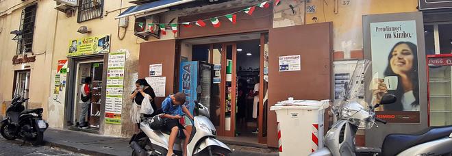 Gratta e Vinci rubato a Napoli, revocata la concessione per le scommesse alla tabaccheria