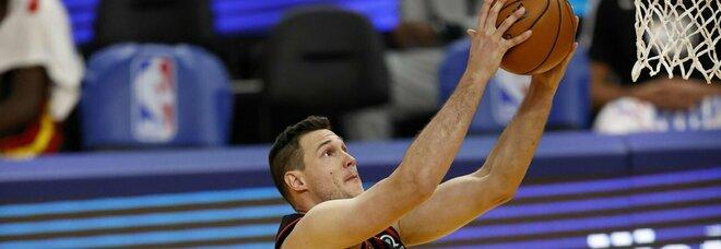 Nba, Gallinari decide la sfida con gli Spurs. Cadono ancora i Clippers