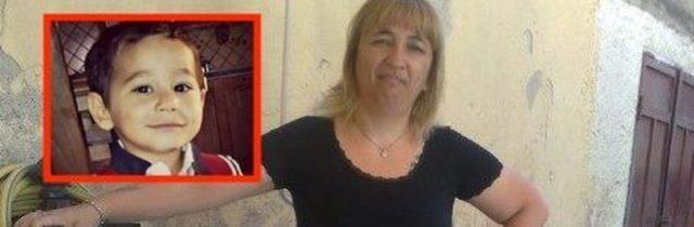 Cosenza, donna uccisa a coltellate in casa: il marito è irreperibile