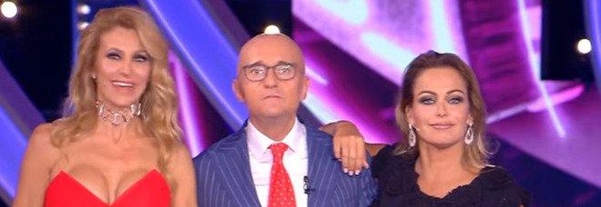 Gf Vip, Signorini rimprovera il pubblico: «Basta bacchettoni, ne ho le tasche piene». Ma è bufera sul web: «Squalificate lui»
