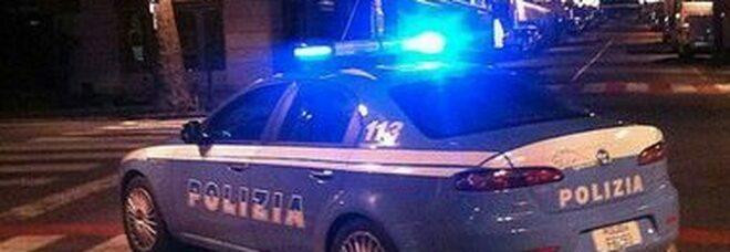 Napoli, arrestato mentre sta rubando su un'auto al Corso Vittorio Emanuele