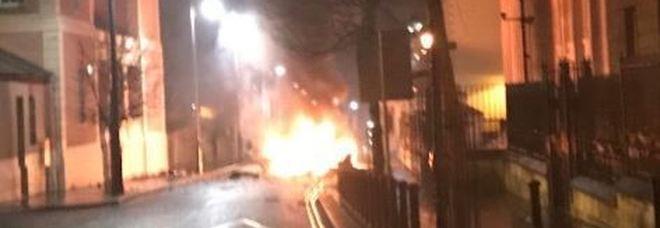 Scontri a Londonderry, muore una giornalista 29enne