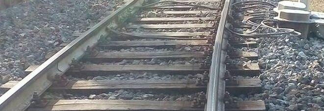 Treno da Paola a Sapri deraglia: si indaga sulle cause dell'incidente