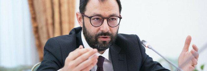 Covid, Patuanelli: «Il blocco licenziamenti finirà il primo gennaio, proroga impensabile»