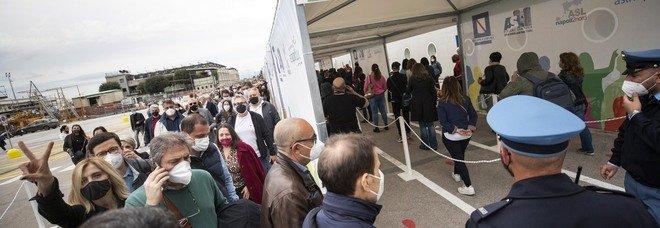 Vaccini in Campania, consegnate 215mila nuove dosi: riparte la campagna