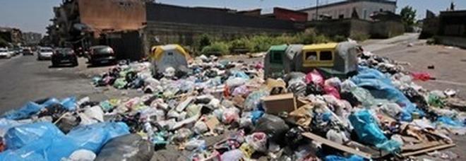 Rifiuti, emergenza miasmi a Giugliano e nell'area Nord di Napoli: al via controlli straordinari dell'Arpac